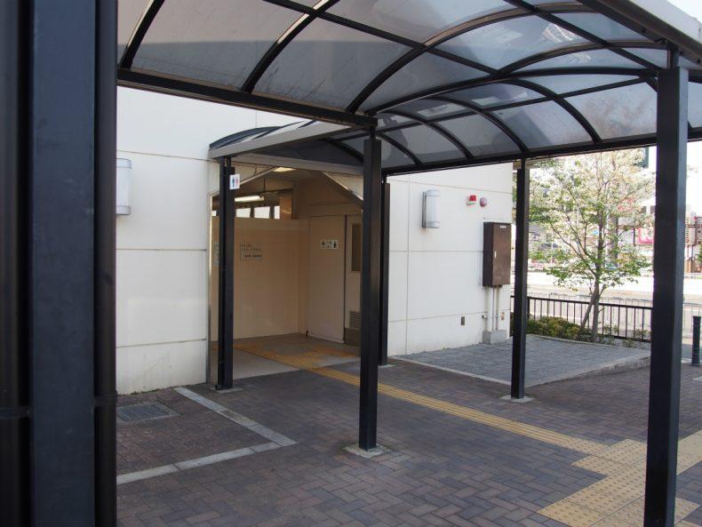 しらとりの郷・羽曳野 駐車場側トイレ